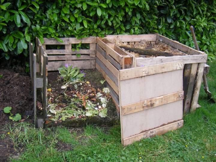 fabriquer un composteur en bois. Black Bedroom Furniture Sets. Home Design Ideas